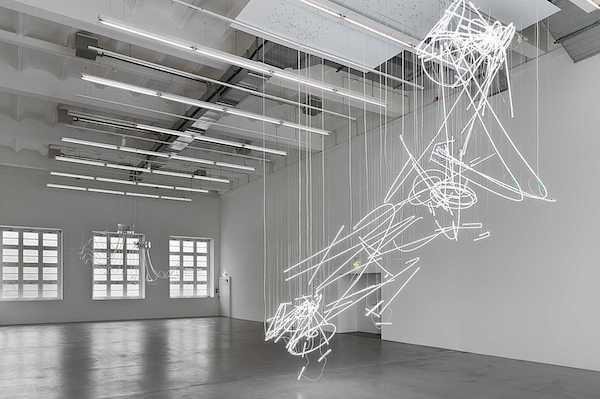 Cerith Wyn Evans - Neon light - Museum Haus Konstruktiv